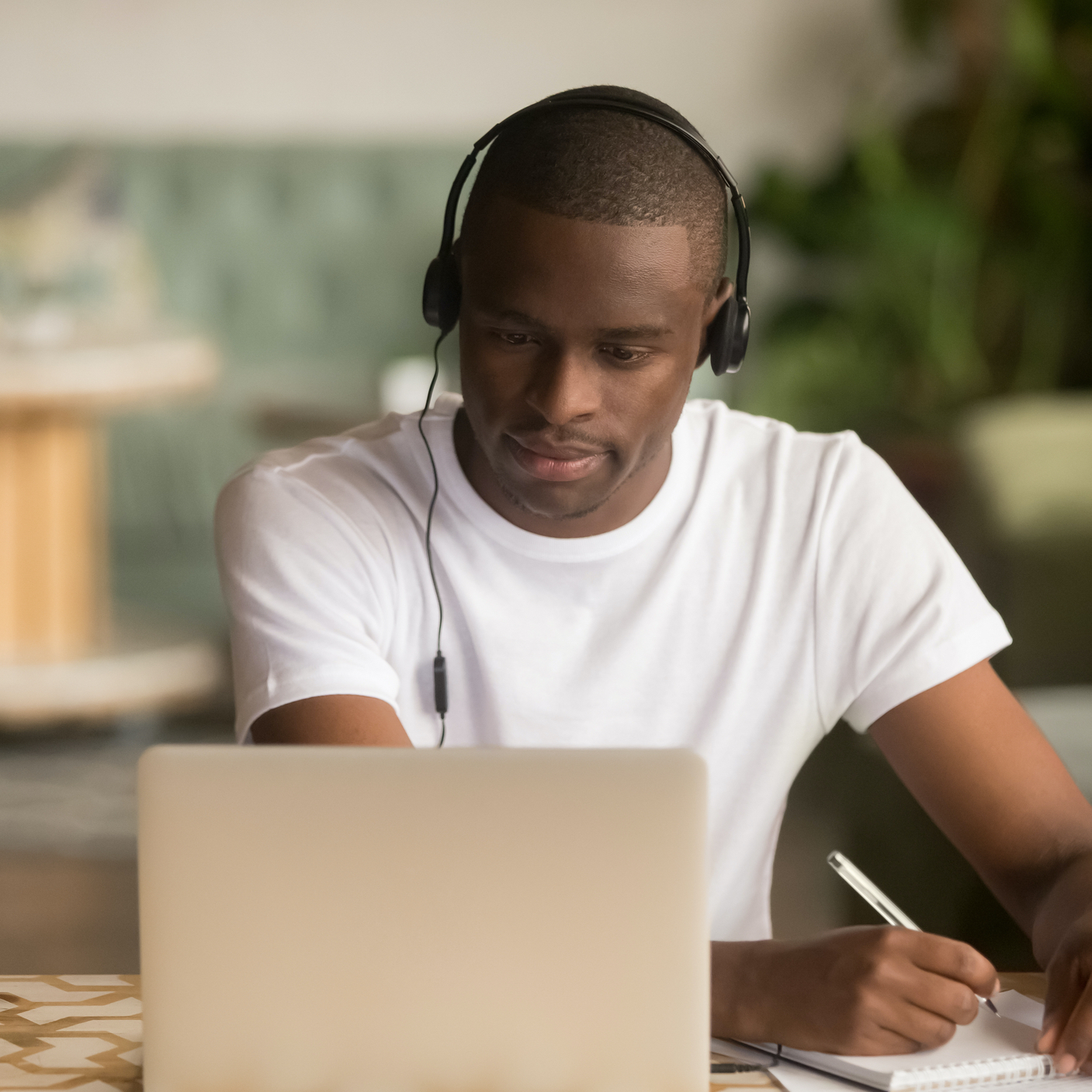Five Benefits of Online Islamic Learning